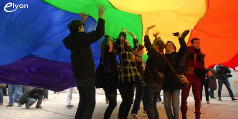 L'Eglise protestante unie de France autorise la bénédiction des couples homosexuels