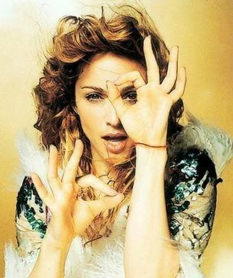 Madonna dédie une chanson aux illuminati qui seraient, selon elle la vérité et la lumière