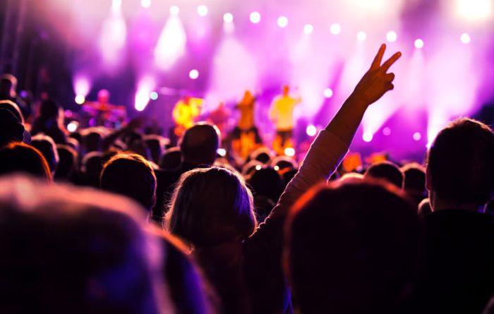 Danger : les musiciens chrétiens qui se dirigent vers l'enfer...
